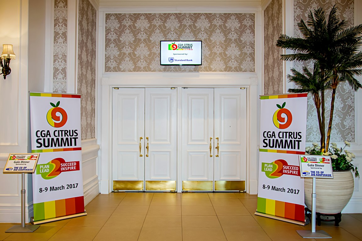 Venue<br/>Entrance to venue - seating for 550 delegates