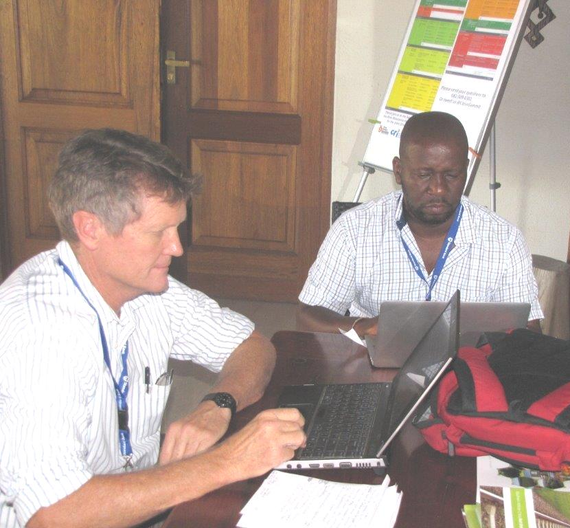 Citrus Summit Jon Roberts and Mzo Makhanyo.jpg